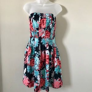 New York & Company EUC Strapless floral dress by